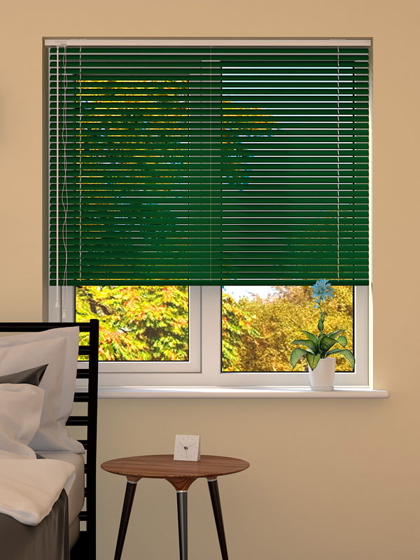 Hunter Green Venetian Blind