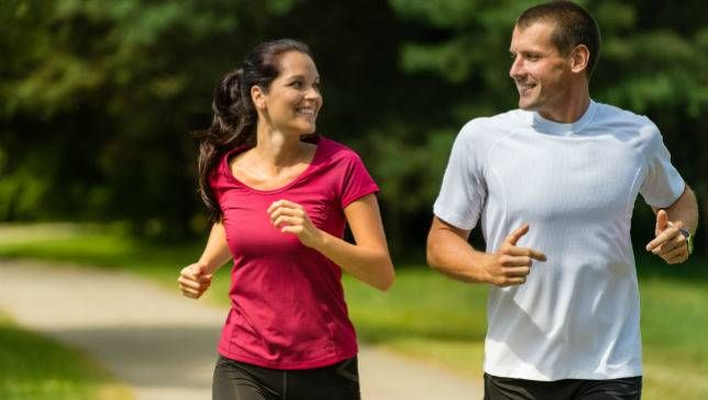 running couple.jpg.653x0_q80_crop-smart