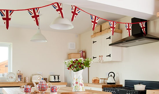 Union-Jack-bunting-Ideal-Home-housetohome.co_.uk_-1jjj